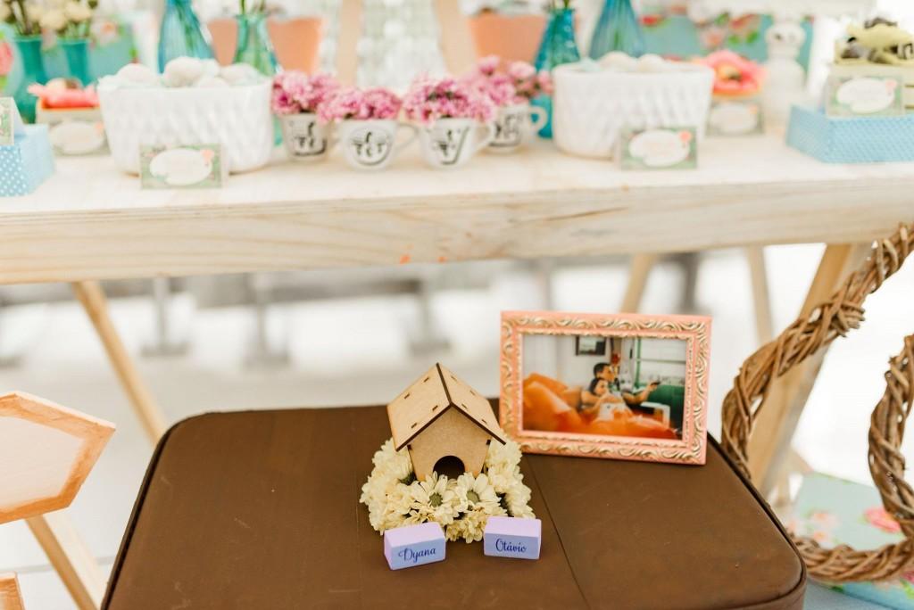 Chá de panela com decoração de viagem   Casamento Dy e Otávio