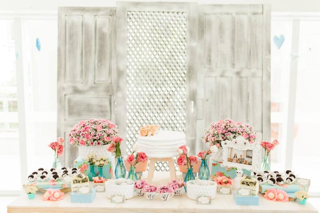 Chá de panela com decoração de viagem | Casamento Dy e Otávio